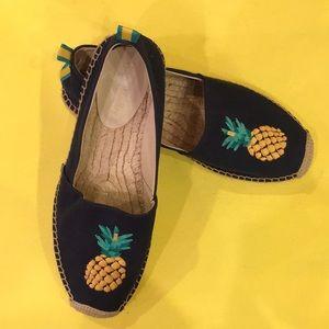 Vera Bradley pineapple 🍍 express espadrille
